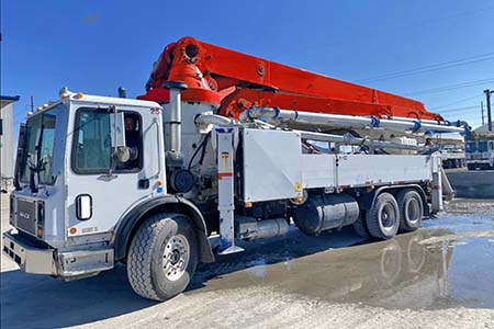 2008 Schwing 39-Meter Concrete Boom Pump Detachable Boom!