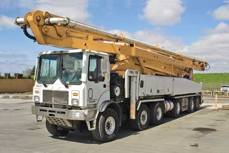 2005 Schwing 61-Meter Concrete Pump For Sale