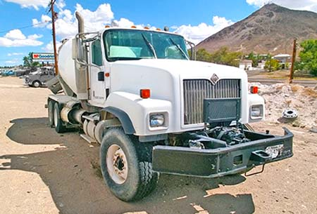 Oshkosh Concrete Ready Mix Truck