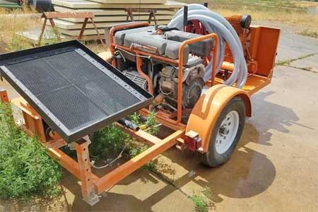 2001 Olin Concrete Trailer Pump