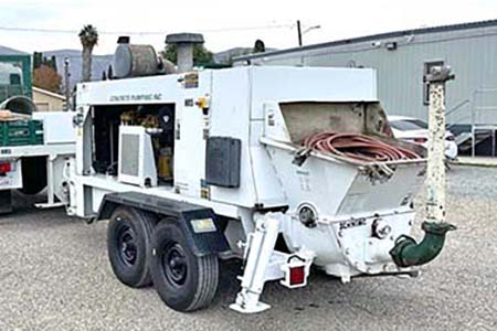 2013 Schwing SP-1250 Concrete Trailer Pump