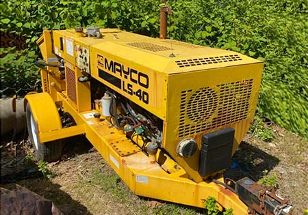 2009 Mayco LS-60 Concrete Trailer Pump